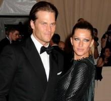 Tom Brady Writes Celebrity Love Gisele Bundchen a Love Note After Final Runway Show