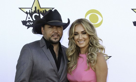 Cupid's Pulse Article: Jason Aldean Says Celebrity Wife Brittany Kerr 'Keeps Me Focused and Grounded'