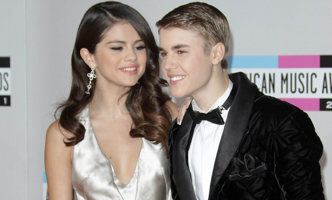 Cupid's Pulse Article: Former Celebrity Couple News: Selena Gomez Spotted at Justin Bieber Concert After Kissing Post