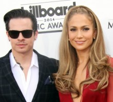 Jennifer Lopez Makes Celebrity Ex Casper Smart Her #ManCrushMonday