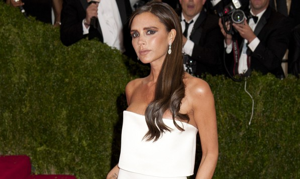20 Fashionable Celebrity Moms: Victoria Beckham