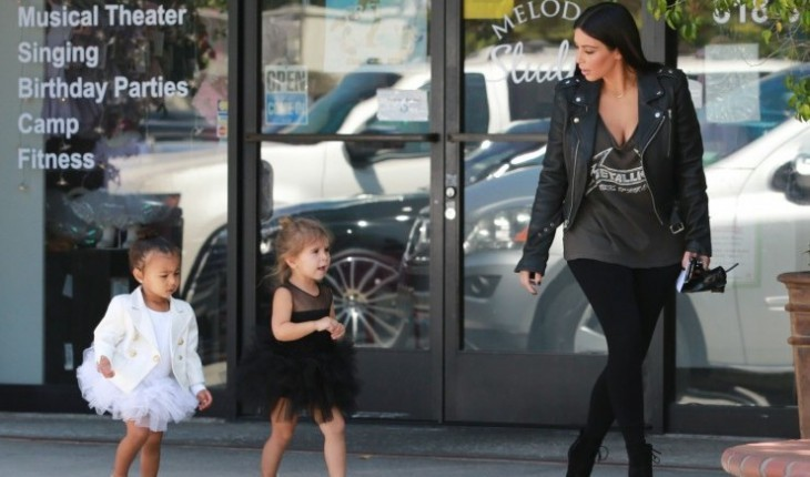 Celebrities and Their Kids Are Just Just Like Us: Kim Kardashian with daughter North and niece Penelope