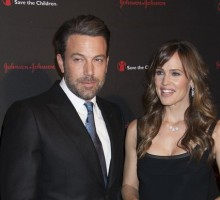 Ben Affleck Is Spotted Wearing Wedding Ring Post Celebrity Divorce Announcement