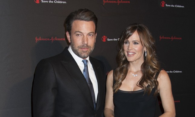 Cupid's Pulse Article: Ben Affleck Is Spotted Wearing Wedding Ring Post Celebrity Divorce Announcement