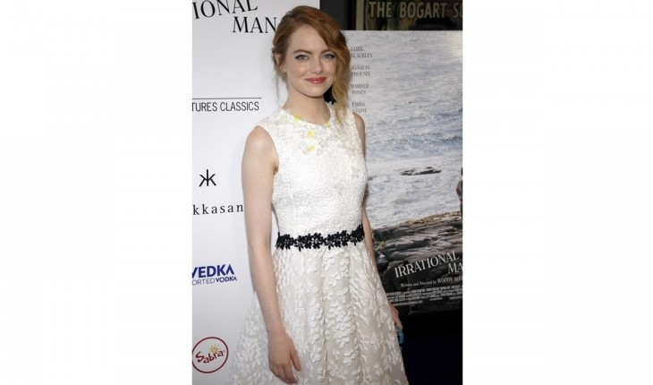 Best Dressed Celebrity Arrivals: Emma Stone