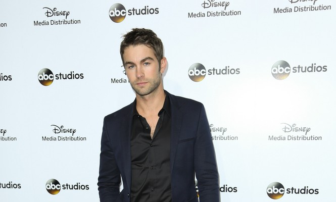 Cupid's Pulse Article: Celebrity News: 'Gossip Girl' Alum Chace Crawford Is Dating 'Blood and Oil' Co-Star Rebecca Rittenhouse