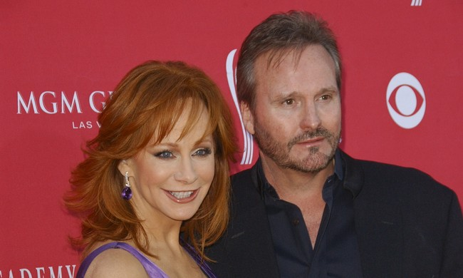 Cupid's Pulse Article: Reba McEntire and Husband Narvel Blackstock Split after 26 Years of Celebrity Marriage