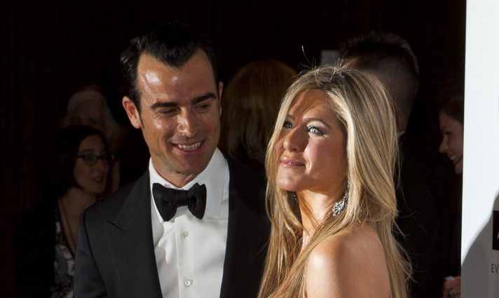 Cupid's Pulse Article: Celebrity Couple News: Jennifer Aniston Supports Justin Theroux at Critics' Choice Awards