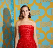 Allison Williams Makes Celebrity News By Debuting Her Wedding Ring