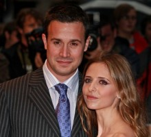 Celebrity Wedding: Sarah Michelle Gellar & Freddie Prinze Jr. Celebrate 15th Anniversary