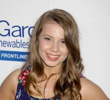 Bindi Irwin's Boyfriend Bandages Her Feet After 'DWTS' in Latest Celebrity News