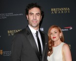 Celebrity Couple Sacha Baron Cohen & Isla Fisher Donate to Syrian Refugees