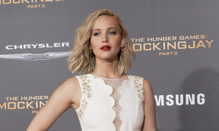 Cupid's Pulse Article: Celebrity News: Jennifer Lawrence Almost Asked Seth Meyers Out When He Was Engaged