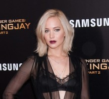 Celebrity News: Jennifer Lawrence Praises Boyfriend Darren Aronofsky as 'Visionary'