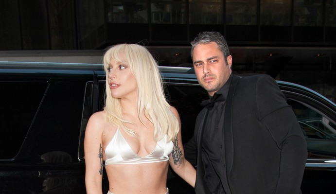 Cupid's Pulse Article: Celebrity News: Taylor Kinney Reacts to Fiance Lady Gaga's Golden Globes Win
