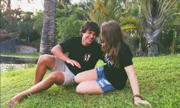 Cupid's Pulse Article: Celebrity Couple: Bindi Irwin & BF Chandler Powell Get Away to Hawaii