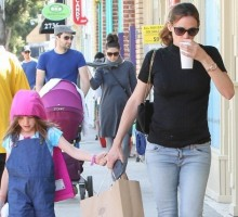 Celebrity News: Jennifer Garner Says She & Ex Ben Affleck Will Make Co-Parenting Work