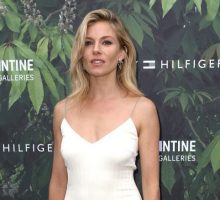 New Celebrity Couple: Sienna Miller Is Dating 'Foxcatcher' Director Bennett Miller