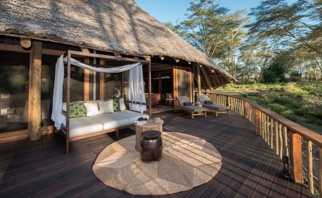 Cupid's Pulse Article: Embark on a Romantic Getaway in the Luxurious Wilderness of Finch Hattons