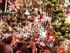 Cupid's Pulse Article: Top Restaurants in NYC for Holiday Decor