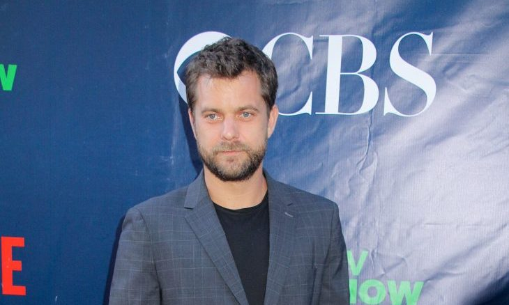 Cupid's Pulse Article: New Celebrity Couple? Joshua Jackson Makes Out with Mystery Woman on Romantic Date