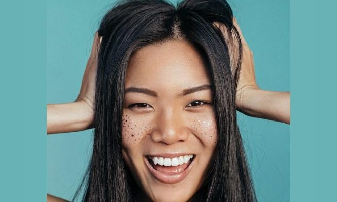 Cupid's Pulse Article: Beauty Trend: Fake Freckles Are In!