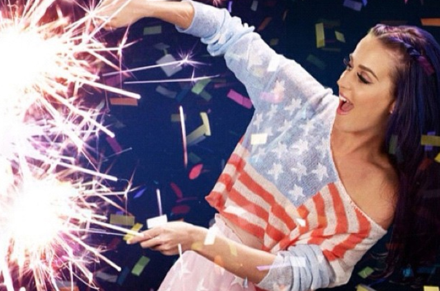 Cupid's Pulse Article: Get Patriotic with These Date Night Looks for 4th of July