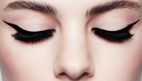 Cupid's Pulse Article: Beauty Advice: Mastering Liquid Eyeliner