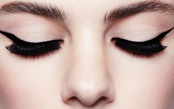 Cupid's Pulse Article: Beauty Tips: Best Foundations for a Flawless Look
