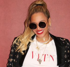 Cupid's Pulse Article: Celebrity Style: Funky Sunglasses