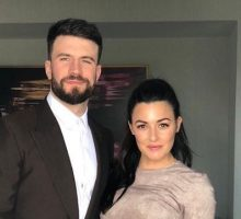 Celebrity News: Sam Hunt Thanks Wife In BBMA Speech After Hitting Red Carpet for First Time in  a Year
