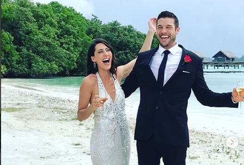 Cupid's Pulse Article: Celebrity Couple News: 'Bachelorette' Becca Kufrin Is Engaged to Garrett