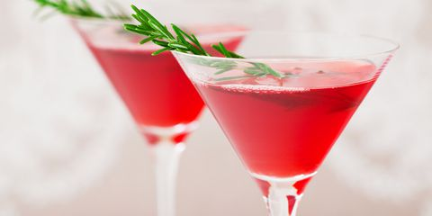Cupid's Pulse Article: Love & Libations: Holiday Cocktailing Like A Celebrity