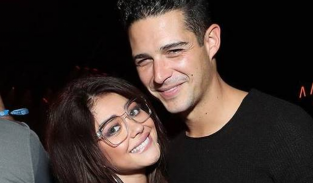 Cupid's Pulse Article: Celebrity Couple: Sarah Hyland & Wells Adams Get Cozy on Super Bowl Date Night