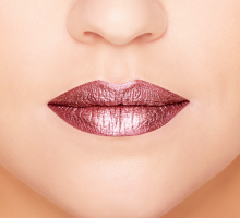 Beauty Trend: Metallic Lip