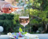 Love & Libations: Celebrity Pink Sips For The Summer