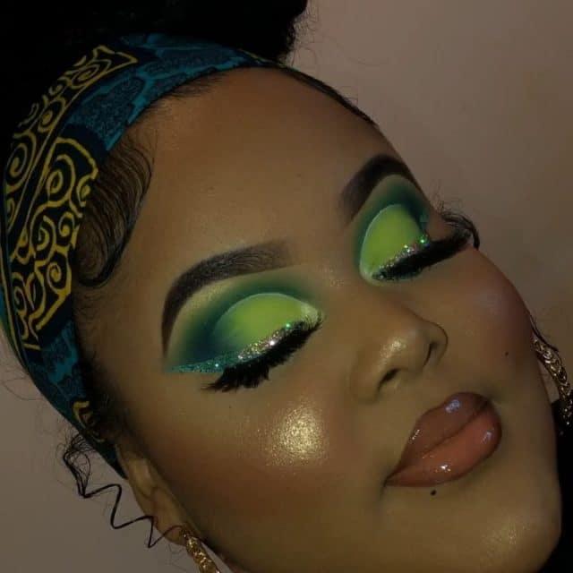 Cupid's Pulse Article: Beauty Trend: Neon Eyeshadow