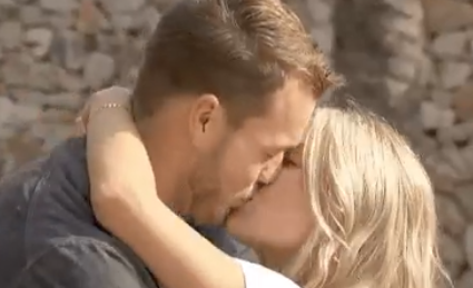 Cupid's Pulse Article: Celebrity News: Cassie Randolph Defends 'Bachelor' Colton Underwood After He's Deemed a Bad Kisser on 'BiP'