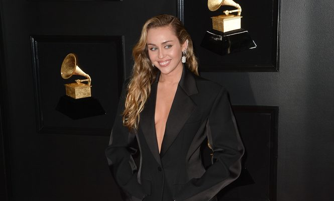 Cupid's Pulse Article: Celebrity News: Miley Cyrus Reacts to Comparisons of Her Recent Romances