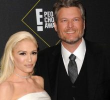 Celebrity News: Gwen Stefani Thanks 'Babe' Blake Shelton at People's Choice Awards