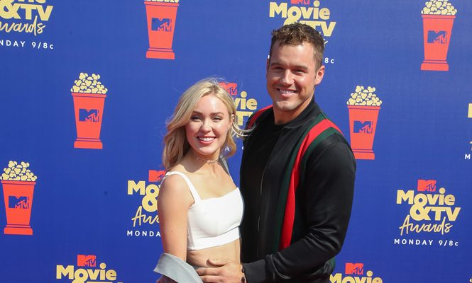 Cupid's Pulse Article: Celebrity News: Cassie Randolph Helps Former 'Bachelor' Colton Underwood Amid Coronavirus Battle