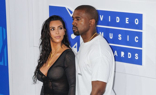 Cupid's Pulse Article: Celebrity News: Kim Kardashian Is Meeting with Divorce Lawyers After Kanye's Tweets