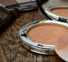 Beauty Tips: Flawless Foundation