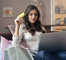 Fashion Advice: 5 Shopping Mistakes to Avoid on Cyber Monday