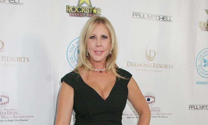 Cupid's Pulse Article: Celebrity News: 'RHOC' Alum Vicki Gunvalson Shoots Down Split Rumors