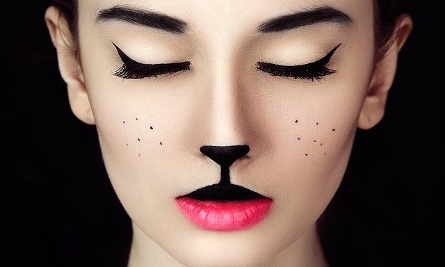 Cupid's Pulse Article: Beauty Tips: 7 Halloween Makeup Looks You Can Wear with a Mask