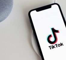 5 TikTok Fashion Trends to Follow
