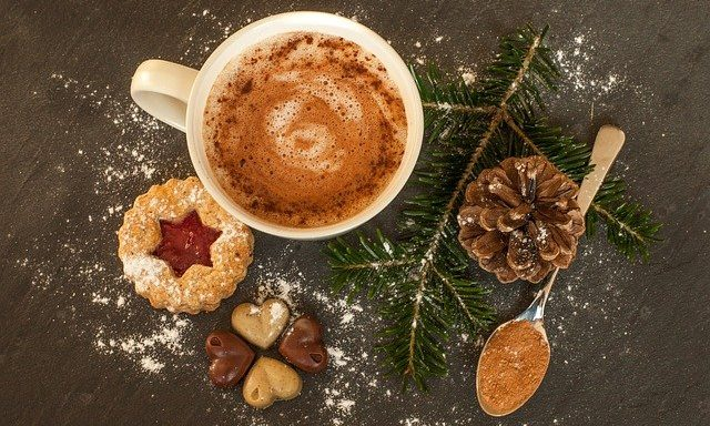 Cupid's Pulse Article: Food Trend: 5 Festive Dessert Ideas for the Holidays